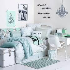com cute teenage girl bedroom ideas how to make a small space feel big