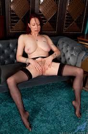 XXX porn teev duab Mom next door reveals hairy pussy and tasty.