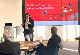 """Swiss Life a Twitter: """"«Mit einem teilzeitfreundlichen Koordinationsabzug  tragen Arbeitgeber zur Reduktion des #GenderPensionGap bei», erklärt Ivy  Klein, Leiterin Geschäftsentwicklung Unternehmenskunden @swisslife_ch. Mehr  zur neuen Studie auf https ..."""