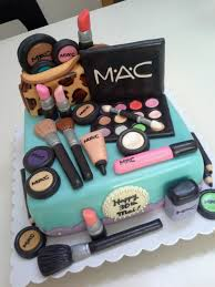 wonderful images of makeup birthday cakes the make up on this cake looks fantastic for all