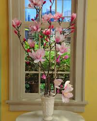 Paper Flower Branches Crepe Paper Magnolia Flowers Video Martha Stewart
