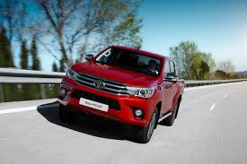 Euro-spec 2015 Toyota Hilux unveiled with 2 diesel engines