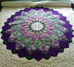 This handmade Giant Dahlia Amish quilt is made up of simply ... & This handmade Giant Dahlia Amish quilt is made up of simply beautiful  colors - deep purple Adamdwight.com