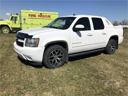 1/2 Ton Pickup Trucks 4WD Online Auctions - 14 Listings ...