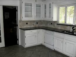 kitchen floor tile ideas white cabinets