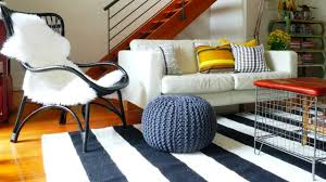Floor Pillows And Poufs Relaxing Living Rooms With Floor Cushions And Poufs Youtube
