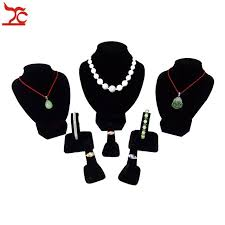 Black Velvet Jewelry Display Stands 100Pcs Wooden Jewelry Display Bust Black Velvet Necklace Chain 83