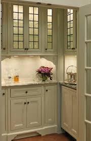 design chic things we love butler s pantries kitchens butler pantry pantries