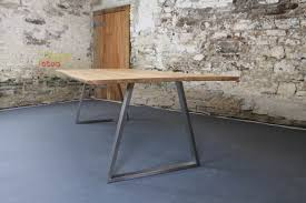 contemporary oak dining tables uk. the piranha with 30mm thick oak top natural live-edges contemporary dining tables uk