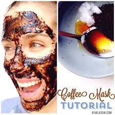 diy coffee mask tutorial with coconut oil and raw honey