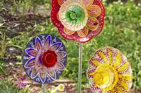 garden art projects. DIY Glass Garden Flowers Art Projects E