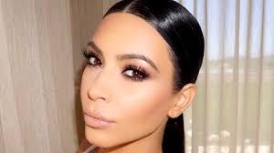 kimkardashian hulu ren640