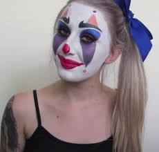 cutesy clown makeup