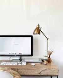 Beautiful, minimal desks and workstations - 11