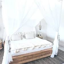 An Elegant Queen Canopy Bed Curtains Vine Dine King Four Poster ...