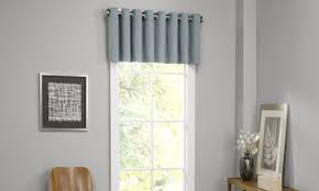 6 Window Valance Styles That Look Great In Any Living Room Valances For Living Room Window