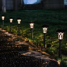 Solar Light Packs The 5 Best Solar Path Lights Of 2020 Circuits At Home