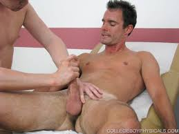 Free gay and bisexual movie clips