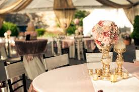modern vintage wedding. Check out this super sweet DIY vintage and modern wedding