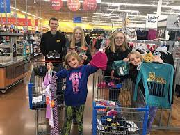 Go-Getters 4-H Shop For Food Pantry | Iroquois County's Times-Republic |  newsbug.info