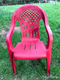 don t throw away that ugly outdoor furniture this easy diy that anyone can