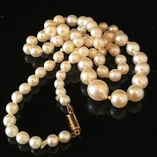 vintage r cultured baroque pearl necklace on 9ct gold barrel clasp 17