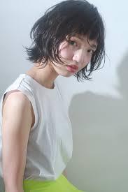 40代女性にご提案髪型を変えるならミディアムレイヤーがおすすめなん