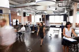 office building interior busy. Brilliant Office Banque Du0027images  Intrieur De Busy Design Office Avec Le Personnel Throughout Building Interior F