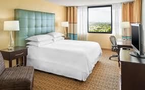 Airport Bed Hotel Club Level Miami Hotel Rooms Sheraton Miami Airport Hotel