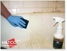 bathtub stain remover cleaning with a scrub pad fiberglass tub rust cleaner stains