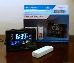 acurite atomic dual alarm clock with usb and temperature