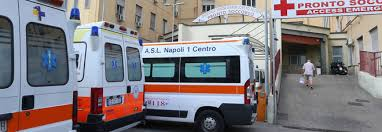 Risultati immagini per foto ambulanze dell'ospedale di napoli