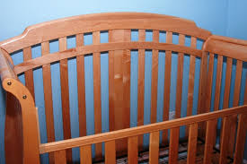 simmons easy side crib. cash only please. thank you. simmons easy side crib o