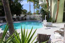 Chart House Suites On Clearwater Bay Clearwater Fl Motel Chart House Suites Clearwater Beach Fl Booking Com