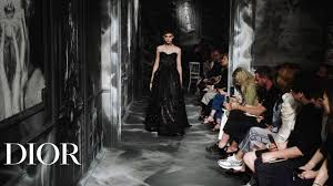 Relive the Dior <b>Autumn</b>-<b>Winter 2019</b>-2020 Haute Couture show ...