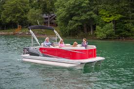 ls cruise pontoon boat avalon pontoon boats 2017 avalon ls cruise pontoon boat