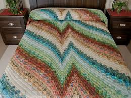 Bargello Heartbeat Quilt -- magnificent smartly made Amish Quilts ... & Bargello Heartbeat Queen Quilt Photo 1 ... Adamdwight.com