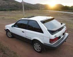 Mazda 323F Gtx РId̩e d'image de voiture