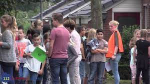 Christoffelschool in Gendringen ontruimd na gaslucht - YouTube