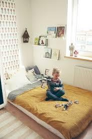 Amazing Bedroom with mastress on the floor (Montessori) Love the ...