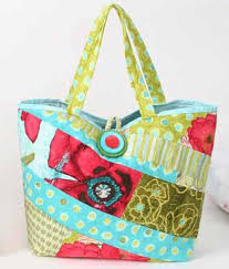 Scrappy Bag - Free Sewing Pattern & This bag is quick to make using an easy quilt-as-you-go Adamdwight.com