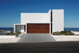Minimal Houses The Pearl Bay House Is Modern Minimal And Maximises The .