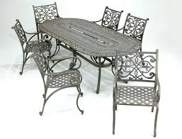 outdoor cast iron aluminium bistro table chair setting cast iron daisy cast