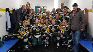 Canada tragedy: 15 die after youth hockey team's bus crashes ...