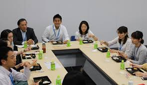 at tokyo century we held a lunch roundtable discussion working mother s and father s lunch community for pa employees to be able to network among