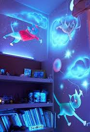glow in the dark paint for wallsYou Definitely Need To See These Awesomest Glow Paint Ideas For