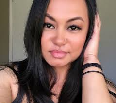 jane de vera is a certified san francisco bay area based makeup artist with over 12 years of experience she specializes in beauty artistry for print