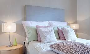 12 Trucos Para Decorar El Dormitorio  Mi CasaDecorar Camas Con Cojines