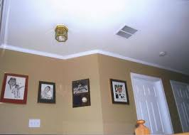 plete crown moulding and chair rail