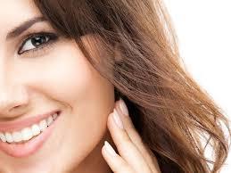 Eight Tricks To Make Your Skin Glow Overnight - Boldsky.com